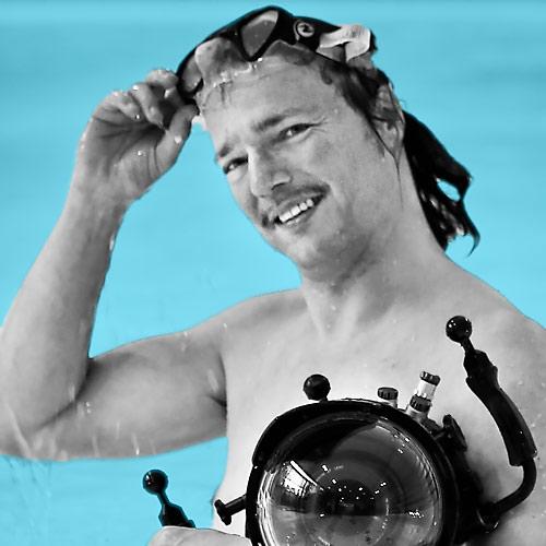 Fotograf Joe Kramer aus Dortmund bietet Fotos vom Babyschwimmen